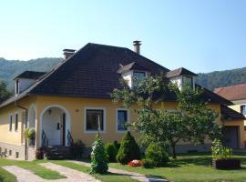 Gästezimmer Schmelz, Dürnstein (Unterbergern yakınında)