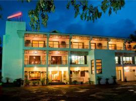 Lotus Riverside Resort, Silvassa (рядом с городом Amal)