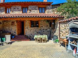 Casa Rural Entre Valles, Benllera (Cañales yakınında)