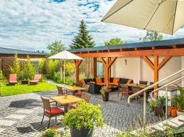 Hotel Sonn' Idyll, Rathenow (Wassersuppe yakınında)