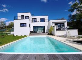 Villa Carlotti Studio Pau Est, Buros (рядом с городом Morlaas)