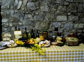 Agriturismo L'Antico Casolare, Castelcivita