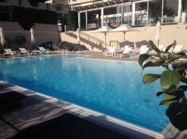 Andris Hotel, Ercolano