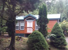 Tall Chief Camping Resort Cottage 4, Pleasant Hill (in de buurt van Snoqualmie)
