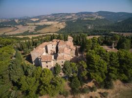 Castello di San Martino Resort, Todi (Due Santi yakınında)