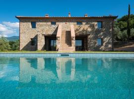 Ancient Oak Villa, Montalcino