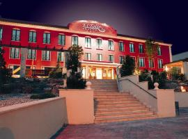 Hotel Restaurante El Tollo, Utiel (Casa Rural El Arrullo yakınında)