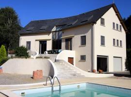 Holiday home La Maison Blanche, Hèches (рядом с городом Labastide)