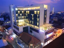Pasar Baru Square Hotel Bandung, DHM Associates.