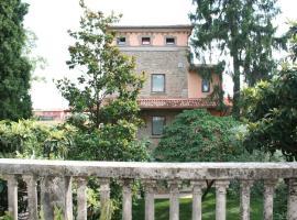 B&B I Melograni, bedizzole (San Rocco yakınında)