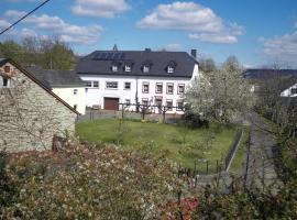 Weingut Gästehaus Rummel, Schleich (Pölich yakınında)