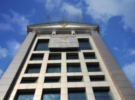 Hotel Vihang's Inn, Тхане (рядом с городом Kolshet)