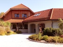 Family House 94, Prosečné (Dolní Lánov yakınında)