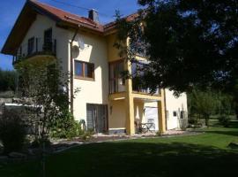 Ferienwohnung Pliefke, Winringen (Orlenbach yakınında)