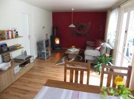Kastavengrund - Ferienhaus Nigella mit Kamin, Lychen (Gnewitz yakınında)