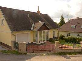 Holiday home in Budikov/Isergebirge 1468, Budíkov (Světlá nad Sázavou yakınında)