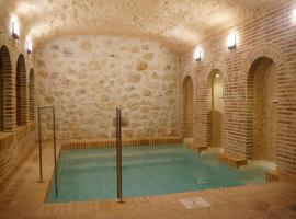 Casas de Valois, Hita (Ciruelas yakınında)