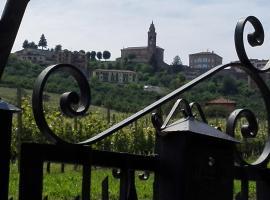 Casa Badinot, Diano d'Alba