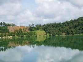 Green Lake Linow, Tomohon