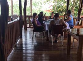 Hotel Pedacito de Cielo, Boca Tapada (Hacienda Tres Amigos yakınında)