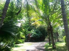 Casa Mymy, Paraíso