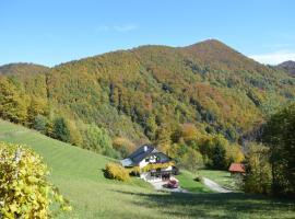 Eco-house Zivljenje na visokem, Miklavž pri Taboru (In der Nähe von Zasavje)