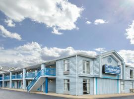 Travelodge by Wyndham Virginia Beach Bay Beach