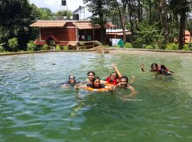 Great Hornbill Serviced Villa , Nilambur, Kālikāvu (рядом с городом Nilambūr)