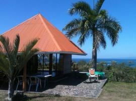 Ocean View Bungalow, Santa Teresa Beach (Arío yakınında)