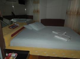 Hotel e Motel Fenix, Marília (Dirceu yakınında)