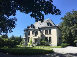 Le manoir de Namur, Namur (Rhisnes yakınında)