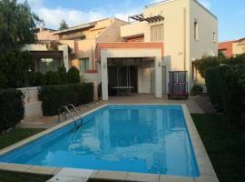 Amathusa Coastal Heights Villa 21, Limasol (Ayios Tykhonas yakınında)