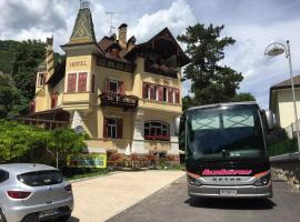 Schlosshof Castello, Prato all'Isarco
