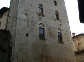 Casa Torre, Ono Degno (San Colombano yakınında)