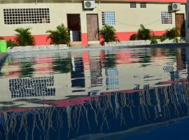 Hotel Pikeiro Blue, Manta (Jaramijó yakınında)