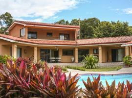 Casa Amarilla Playa Naranjo, Naranjo