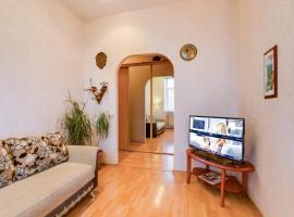 Apartment on Italyanskaya 33