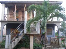 Tutzil Nah Cottages, Maya Beach