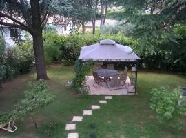 B&B Il Glicine, bedizzole (San Rocco yakınında)