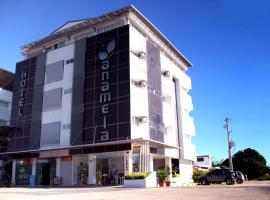 Hotel Anamela, Maní