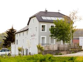 Haus & Hof Guest House, Перль (рядом с городом Manderen)