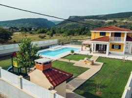 Relax Luxury Villa Near Makarska, Donji Proložac (рядом с городом Donji Proložac)