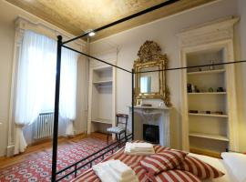 Madama Cristina Bed & Breakfast