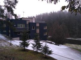 Vapramae Villa, Tõravere
