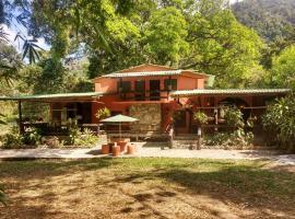 Casa del Pozo Azul, Minca (La Victoria yakınında)