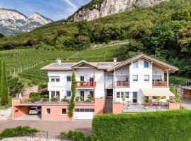 Haus Sauvignon, Cortaccia (Magrè all' Adige yakınında)