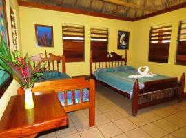 Crystal Paradise Resort, San Ignacio