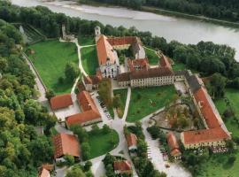 Klostergasthof Raitenhaslach, Burghausen (Tittmoning yakınında)