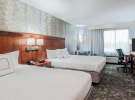 Courtyard by Marriott Gulfport Beachfront