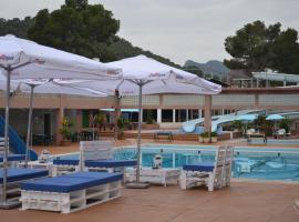 Complejo Turistico la Pinada, Gilet (Albalat de Taronchers yakınında)